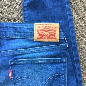 Levi Strauss Blue Jeans size 28